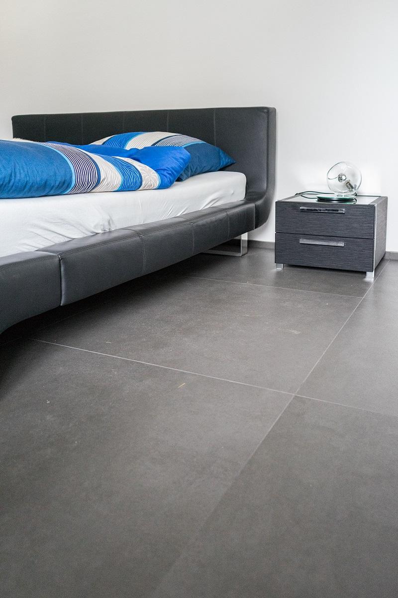 schlafzimmer mit xxl fliesen - Schlafzimmer Fliesen